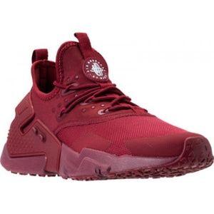 Worn Nike Huarache Men's Size 9.5